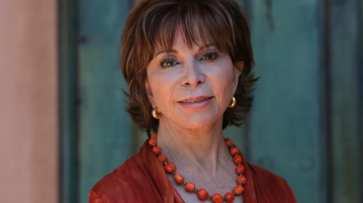 19 libros de mujeres escritoras que marcaron la historia