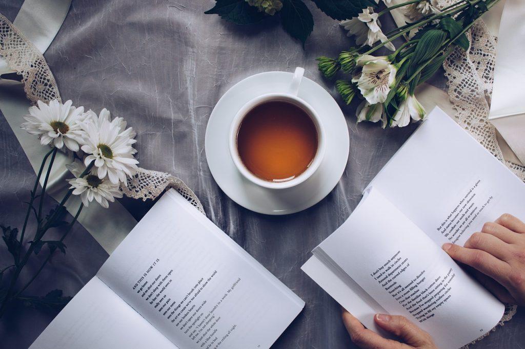 12 consejos para enganchar a tus lectores desde el principio de tu libro